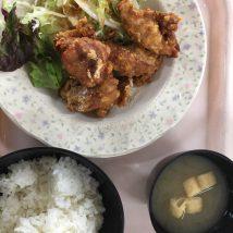 大阪産業大学山口食堂のから揚げ定食